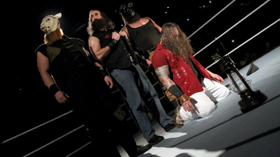 Last week's Raw instilled some cautious optimism after a series of extremely discouraging misses. I didn't get to review it, but we're back for the October 2nd edition as we march toward Survivor Series.