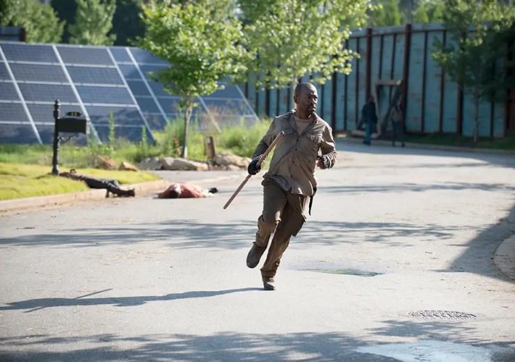 the-walking-dead-season-6-episode-5-morgan-running