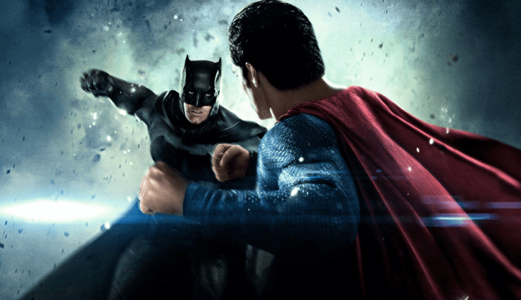 batman-v-superman-punching-2