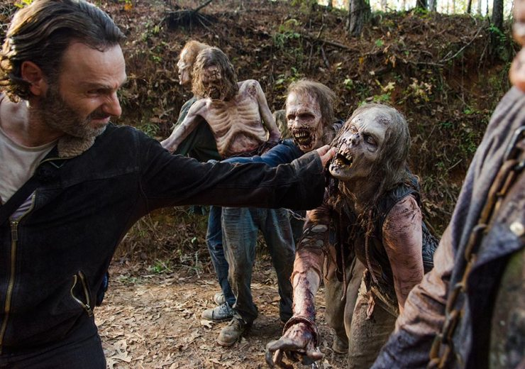 the-walking-dead-episode-616-rick-vs-walkers