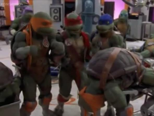 ninja-turtles-the-next-mutation-clones-2