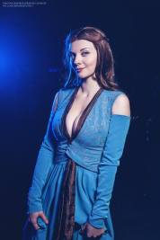 game-of-thrones-margaery-tyrell-cosplay-by-xenia-shelkovskaya-5