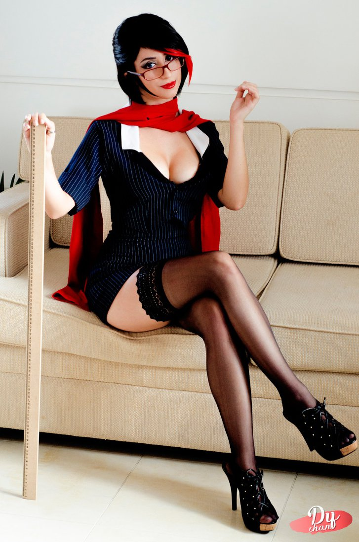 headmistress-fiora-by-dy-chan-cos-2