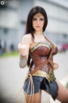 wonder-woman-cosplay-ambra-pazzani-9