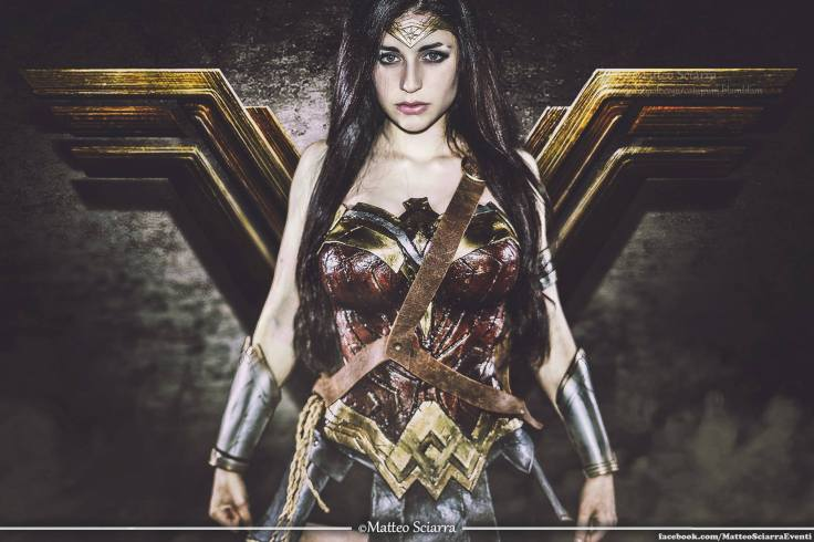 wonder-woman-cosplay-ambra-pazzani-featured