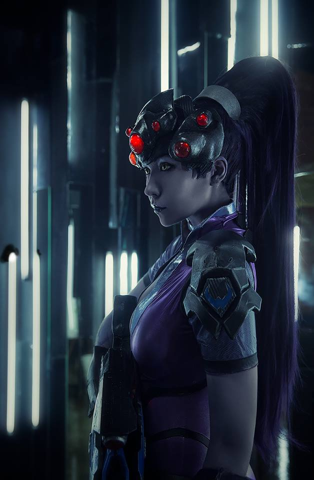 overwatch-widowmaker-cosplay-by-arienai-ten