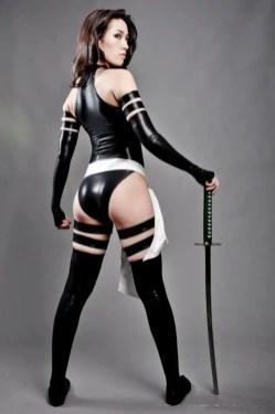 psylocke-cosplay-by-kris-lee-16