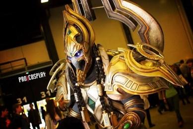 starcraft-artanis-cosplay-by-yuggy-15