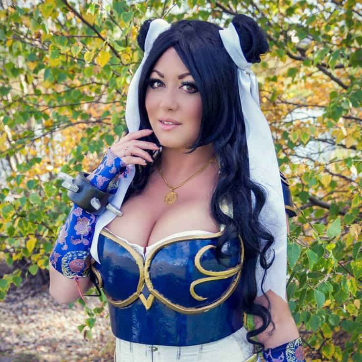 Cosplay With A Twist: An Interview With Miss Chezza