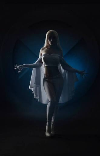 emma-frost-cosplay-by-captain-irachka-3