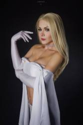 emma-frost-cosplay-by-captain-irachka-4