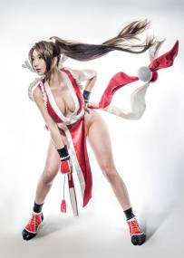 mai-shiranui-cosplay-pion-kim-4