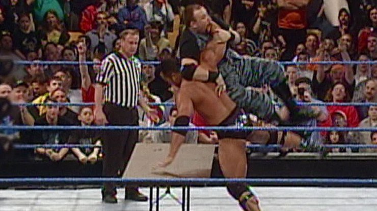 Best (and Worst) Ways to Book 10 Gimmick Matches