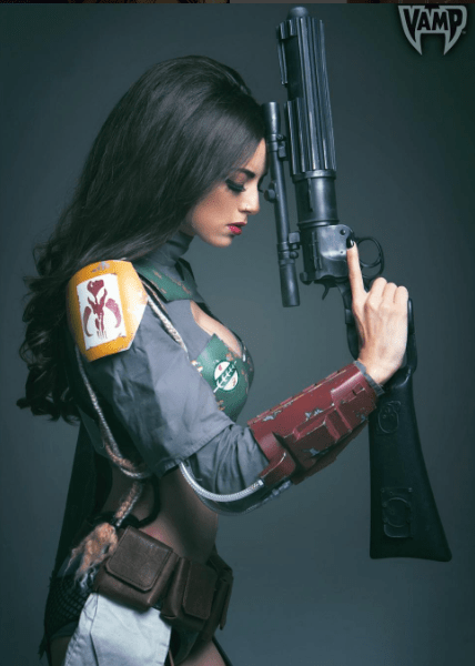 Boston Comic Con 2017: 'Queen of the Nerds' LeeAnna Vamp talks cosplay, 'The Last Jedi' theories and more