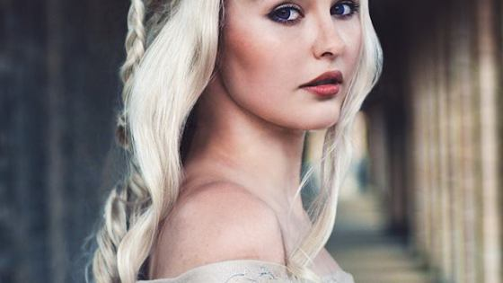 Emilia Clarke herself would be impressed by Starbit's cosplay recreation of Daenerys, Game of Throne's Queen of Dragons.