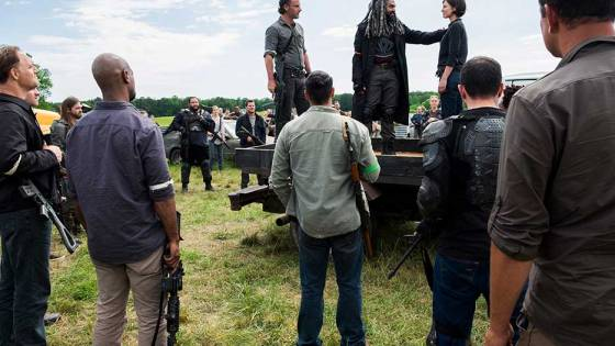 After living under Negan and The Savior's collective boot for a season, Rick has finally rallied the other communities together to stand against their oppressors. It's time for All Out War.