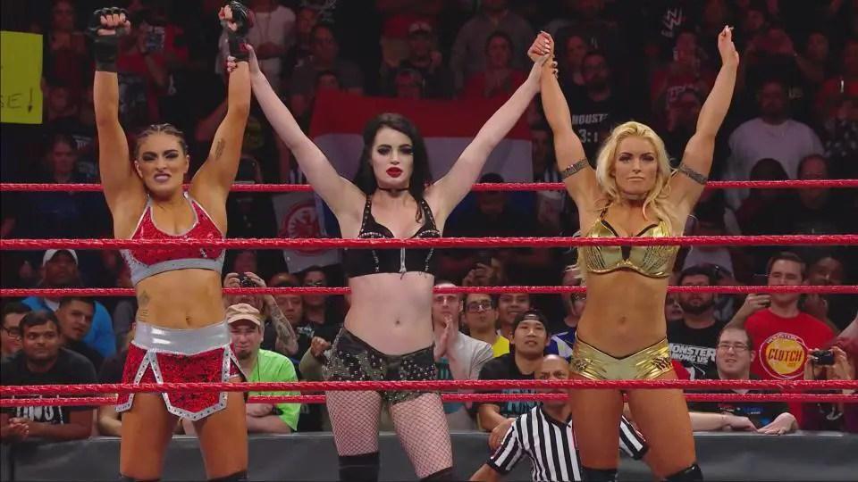 Nov. 20, 2017 WWE Raw recap/review: Paige returns!