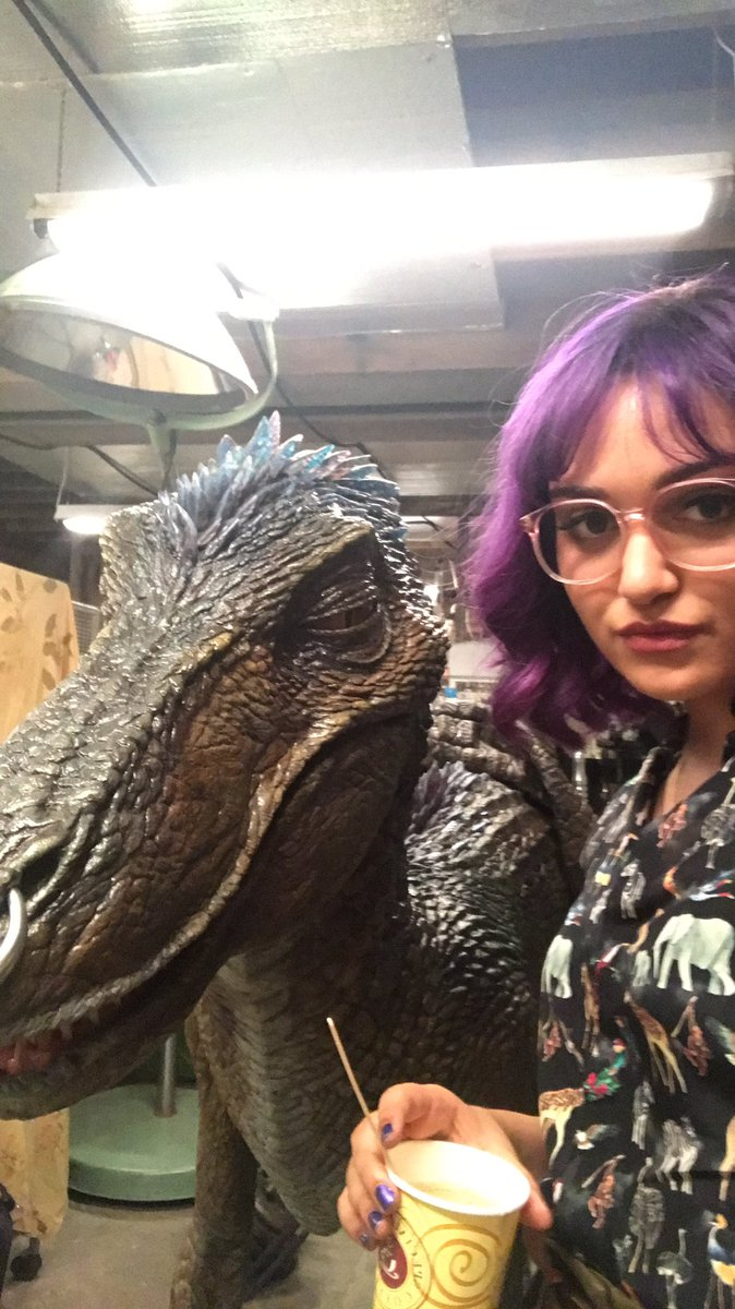 Behind the scenes look at Old Lace from Marvel's 'Runaways'