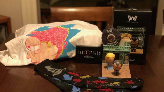 Unboxing/Review: Loot Crate January 2018