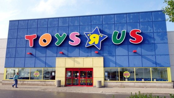 Toys 'R' Us is closing 182 stores nationwide