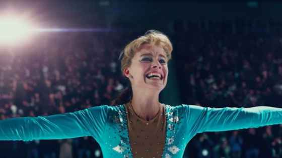 I, Tonya goes over Harding's whole life in an attempt to uncover what led to her downfall.