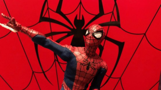 The recently released Mezco Spider-Man is finally here.