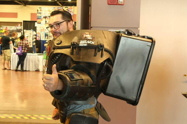 El Paso Comic Con Final Day: Best Costumes and a Real Life Snake!