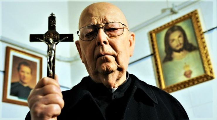 'The Devil and Father Amorth' review: A good idea, poorly executed