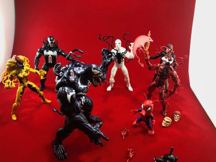 Unboxing: Marvel Legends Monster Venom BAF