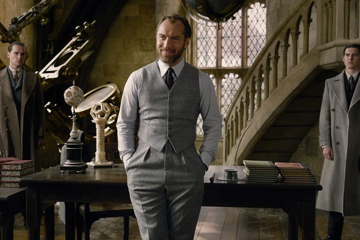 Fantastic Beasts: The Crimes of Grindelwald Review: A horrible mess of a movie