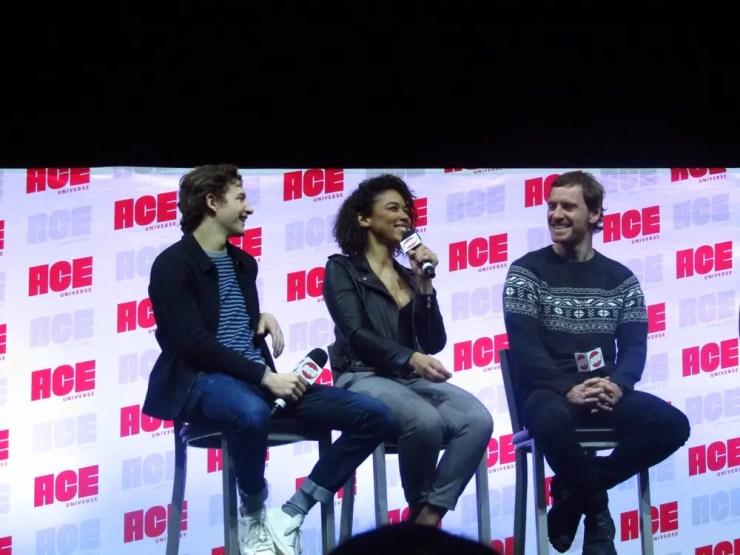 Stars from 'Dark Phoenix', 'Jessica Jones', and 'Daredevil' highlight Day 2 at Arizona Comic Con!