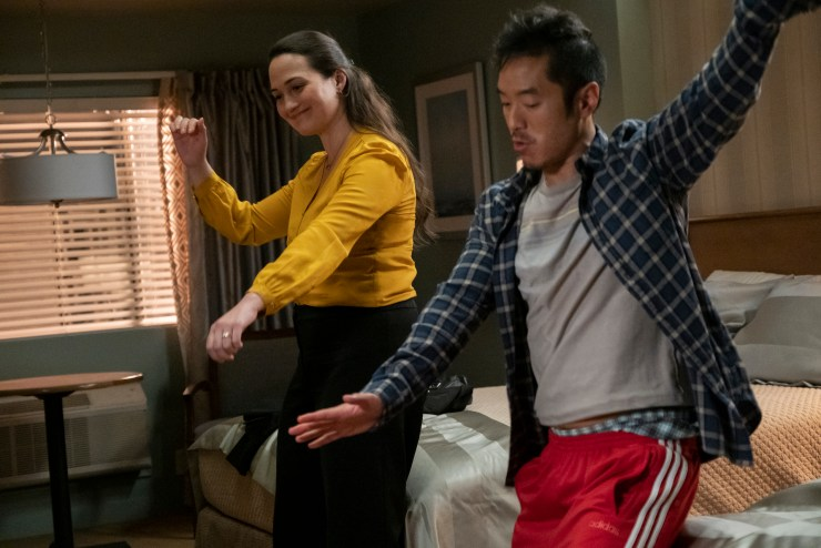 'Room 104' season 4 episode 10 review: 'The Night Babby Died'
