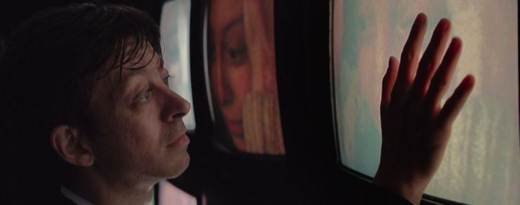 'The Antenna' Review: Dreary dystopian film ultimately disappoints.