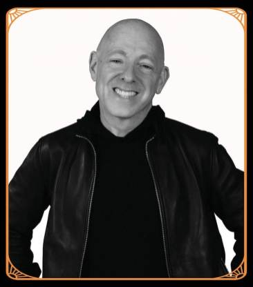 Brian Bendis_with frame-min