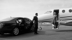 drivechauffeur - Woking To Gatwick Taxi