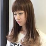 ブリーチを使わない自然なグラデーションカラー。(AKB48小林香菜さんの髪)