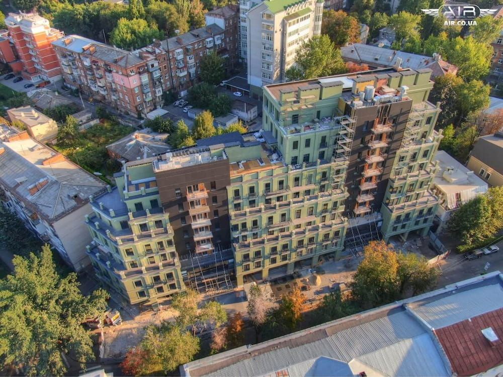 Beautiful aerial photo of living complex