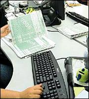 Φορολογική δήλωση 2014: Οσα πρέπει να ξέρετε για τις  φοροαπαλλαγές