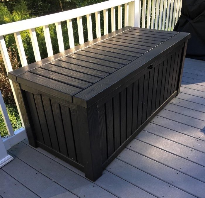 [Review] Keter Rockwood Plastic Deck Storage Box