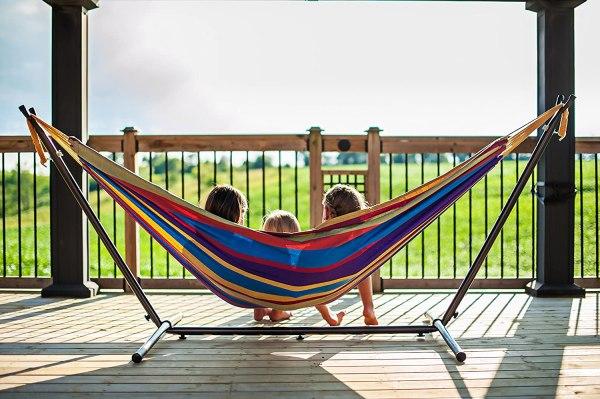 Modern Furniture for Tropical Feels