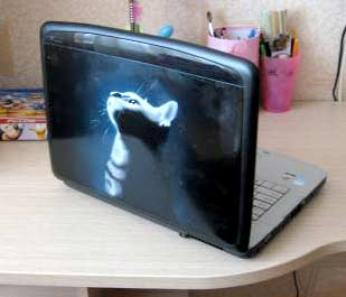 airbrush-on-laptop-61