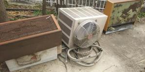 安佐南区八木で一軒家の古いエアコン6台の取り外し〜引き取り回収