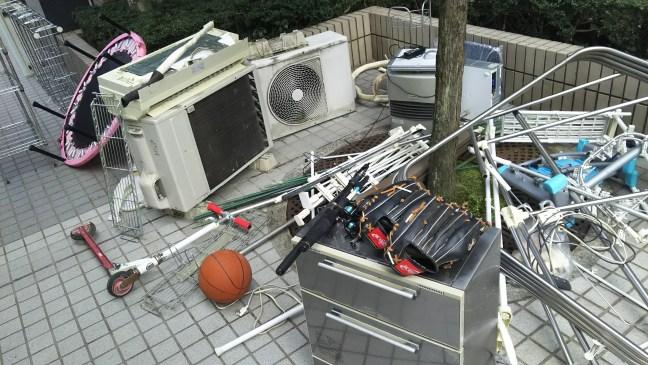引っ越しの為、エアコン、不用品回収