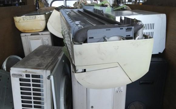 エアコン5台取り外し済み回収と不用品回収