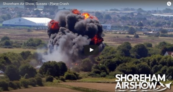 20150822scp.. Shoreham, UK Hawker airshow crash-fire pic