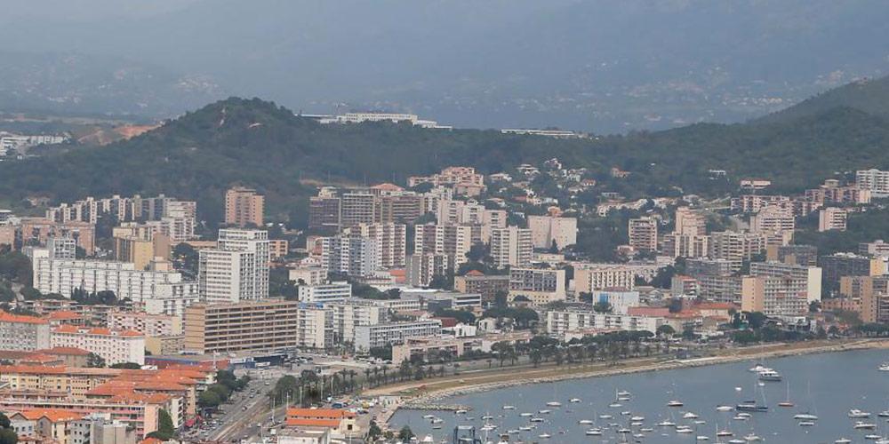 Le pic de pollution en Corse oblige les écoles à fermer