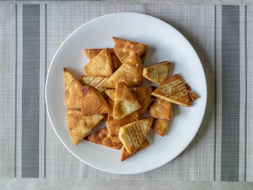 Air fried pita chips