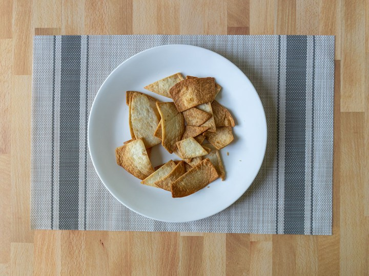 Air fried low carb tortilla chips