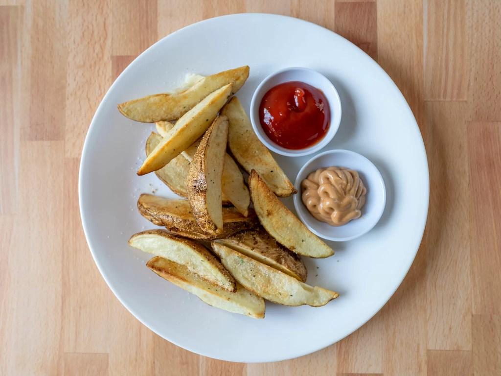Air fried potato wedges