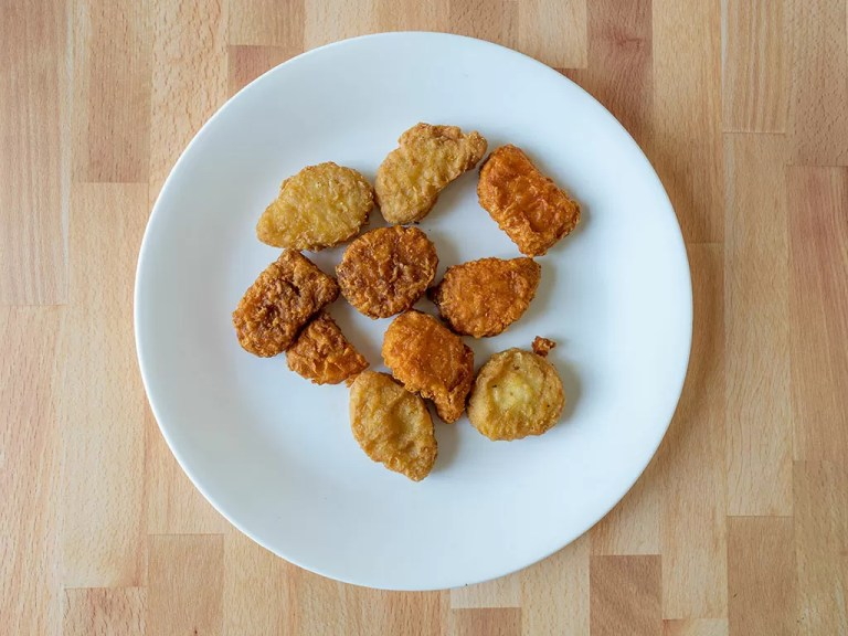 How to reheat Mcdonald's Chicken Nuggets in an air fryer